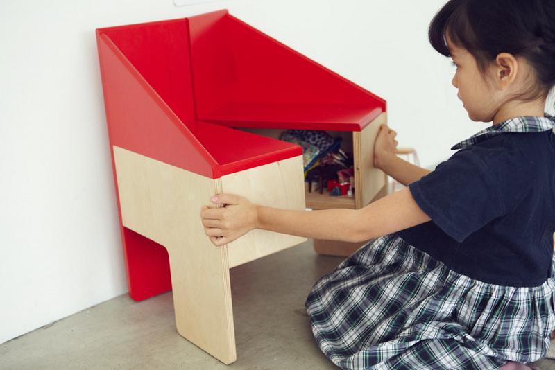 3-dollhousechair_08_Akihiro_Ito