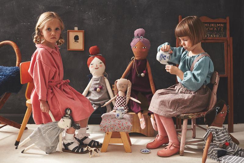 6-160329_MerMag_Dolls_Shot5_1279